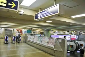 阪急梅田からプラザモータープール1・改札