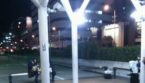 長堀橋駐車場待合場