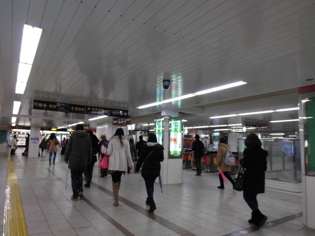 なんば駅地下1
