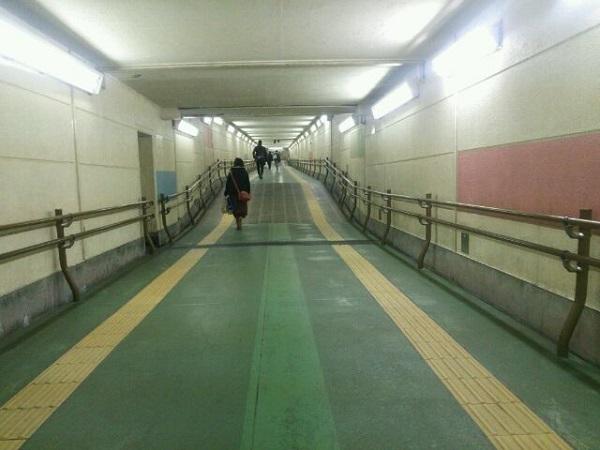 広島駅地下の連絡通路