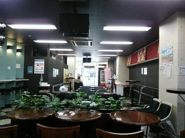 大阪VIPラウンジ後方