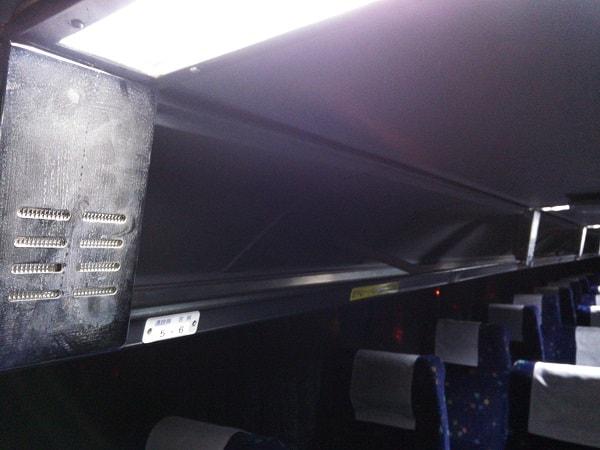 2階建てバス網棚