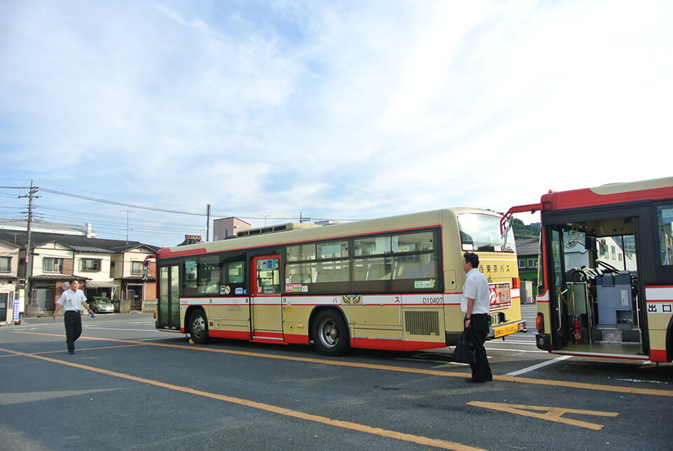 西東京バス駐車場