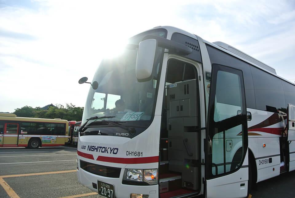 西東京バス外観